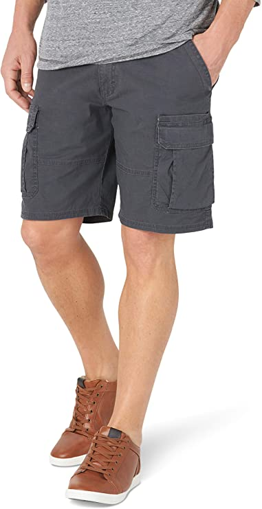 8 Best Golf Shorts For Big Thighs In 2021 (Best Golf Shorts Review) 4