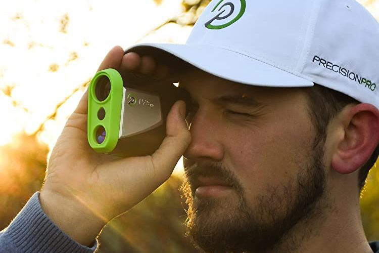 8 Best Golf Distance Measuring Devices In 2021 1